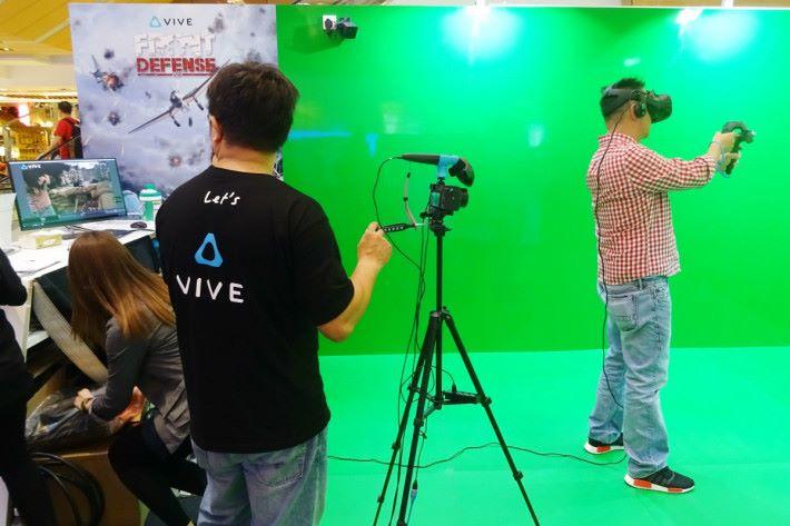 參加者可以參與各種 VR 虛擬實境遊戲。