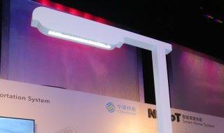 智能電燈柱如用上 NB-IoT 技術,既透過網絡得知電燈柱的狀態,隨時派員更換維修。