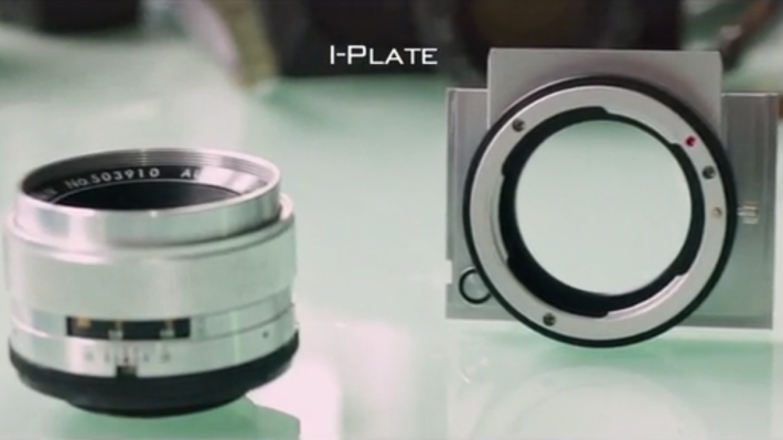 REFLEX 整個接環的部件都可以更換,可配接其他鏡頭。