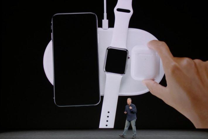 Apple 在發表新 iPhone的同時曾提及會推出自家的無線充電裝置