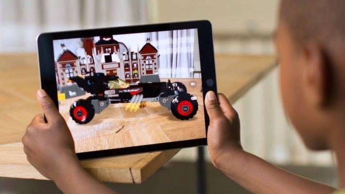 Apple 今年其中一個重點是 AR 應用的發展。