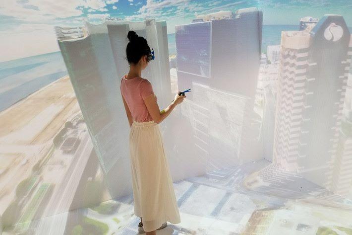場內可體驗本地初創公司 Motive Force 研發的「沉浸式虛擬空間」 VirCube。