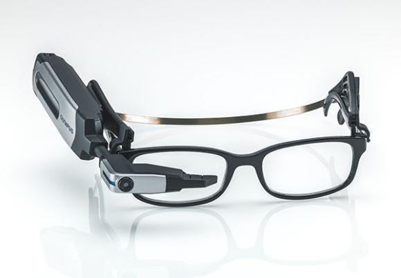 外型與 Google Glass 接近。