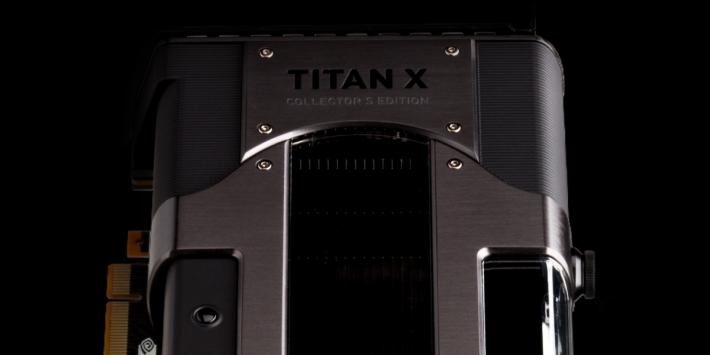 雖然是 TITAN Xp 規格,但機身寫著 TITAN X。