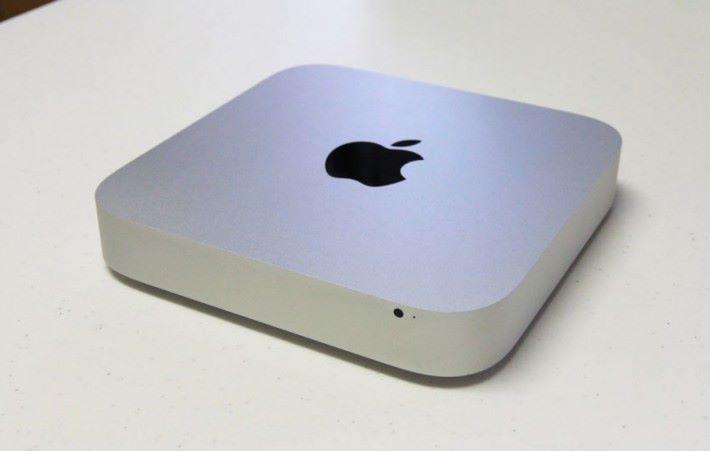2011年版本的 Mac mini 率先廢除了光碟機的設計,而外型亦和現正售賣的產品相約。