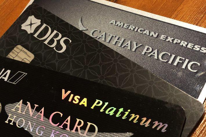 上網購物使用信用卡,不多不少都要承受被人盜用之風險。若使用預付方式的信用卡,真正「入幾多洗幾多」,毋須擔心被人盜用引致金額不少的損失。