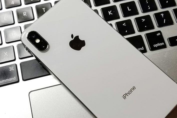iPhone X 大受歡迎,令 Apple 仍然能躋身中國五大手機品牌之列。