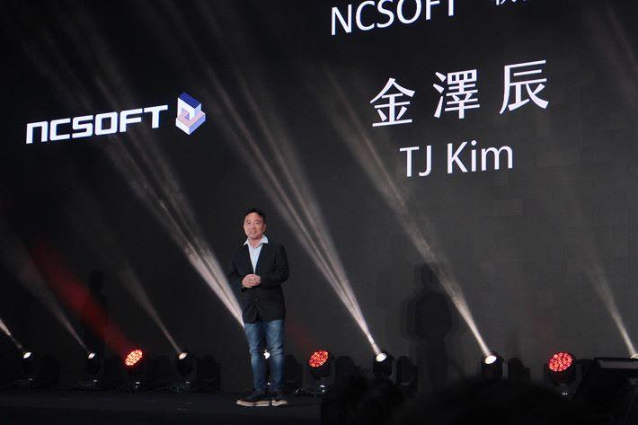 Ncsoft 執行長金澤辰來台見証《天堂M》上市。