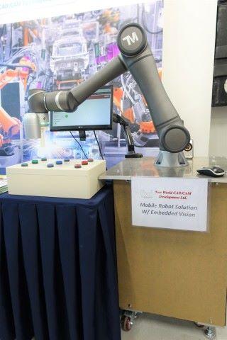 弘達顧問以流動機械人應付香港的輕工業市場,期望本地工廠大量引入自動化應用方案。