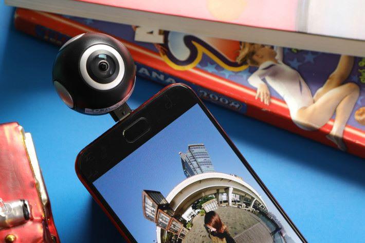 ASUS 360° 全景攝影機