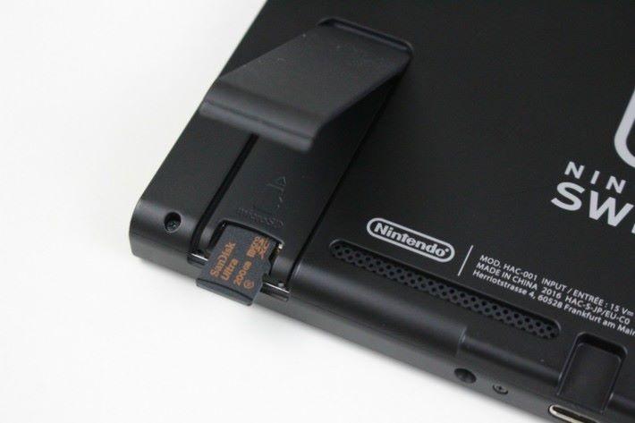 買一將大容量 microSD 可能比大容量遊戲卡帶更實際。