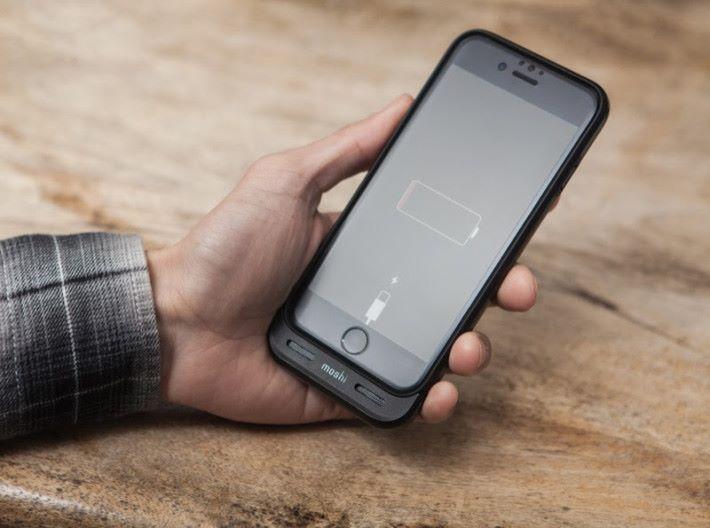 3020 mAh 電量,為 iPhone 7/8 提供 2倍電量。