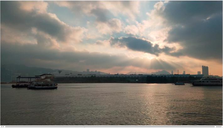 4K 畫質,當然是最清晰細緻,就算遠處的景物放大後也可清楚可見。