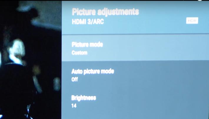 。但透過 HDMI 連接 Apple TV ,播放有 Dolby Vision 的影片,系統只能以 HDR 模式播放。