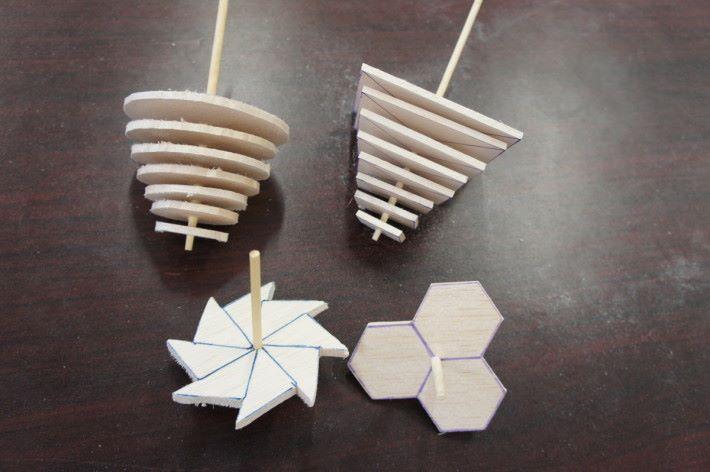 五年級動手習作之一是製作陀螺,當中既集合數學和科學知識,對學生的吸引力也十足,而且能發揮創意。