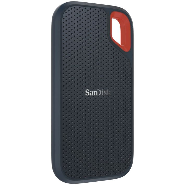 SanDisk Extreme Portable SSD 附有扣環。