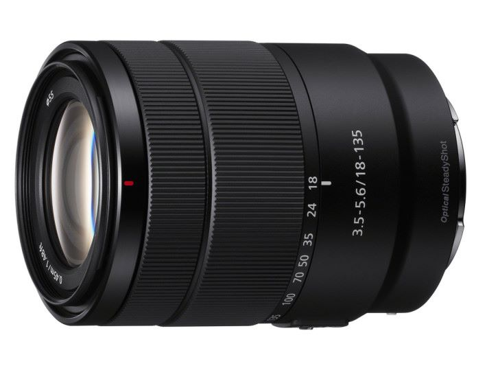 Sony 發表這支 APS-C 使用的 E 18-135mm f/3.5-5.6 OSS 。