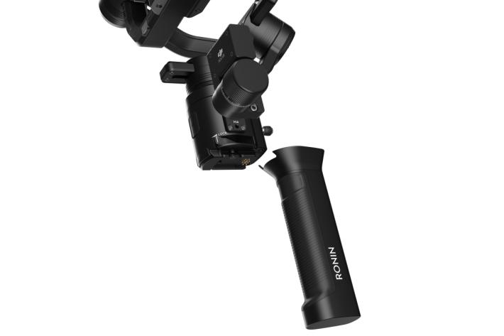 穩定器雲台與手柄之間採用快拆連接設計,雲台部分可以便捷地安裝於更多的拍攝平台。