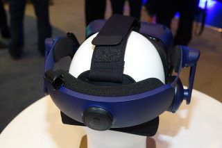 重新設計的頭帶,旋鈕可輕鬆調整頭帶尺寸。