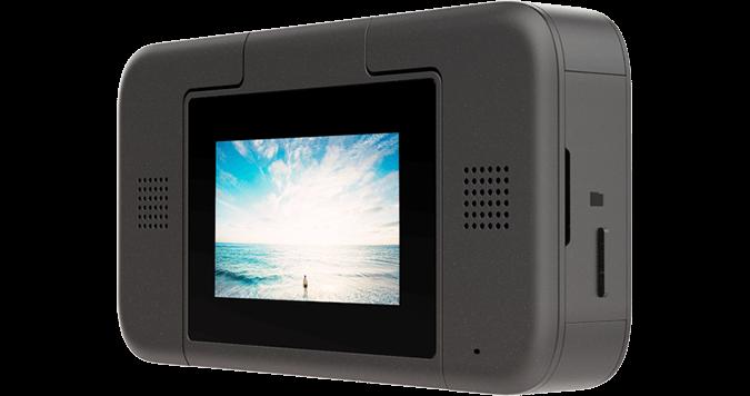 小蟻 Horizon VR180 背面設有 2.2 吋觸控屏幕。