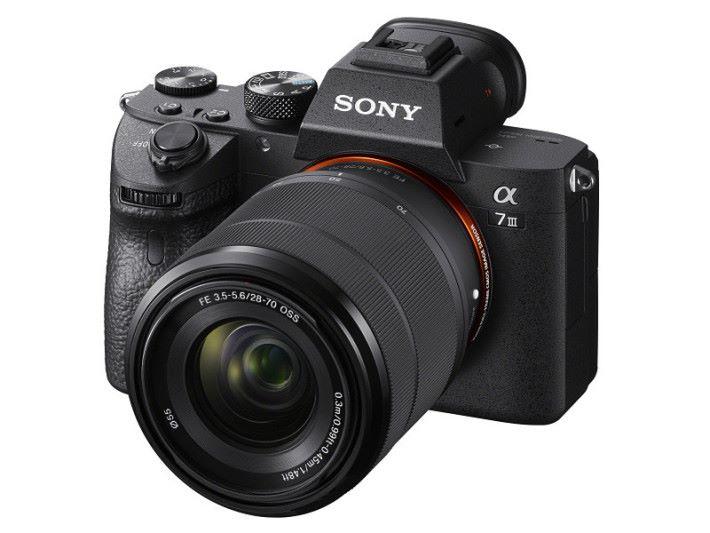 Sony 發表最新全片幅相機 A7III