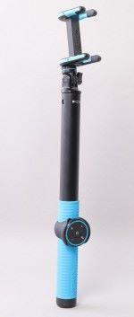 Momax Selfie Hero藍牙自拍器 杆身有150cm長,遙控有按鈕控制遠近鏡、切換前/後鏡及拍照/拍片模式。 售價:HK$298(150cm) 查詢:2402 3186(Momax)