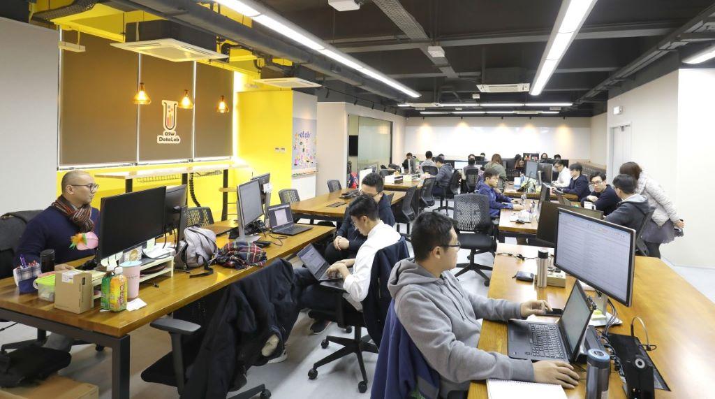 倪文玲指出,eLab 及 DataLab 的人手在今年仍會增加超過60%。