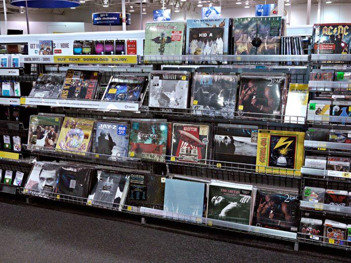 有過百年歷史的黑膠唱片,銷量正逐步上升...