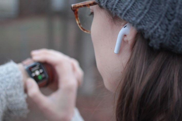 估計會採用 Apple Watch Series 3 使用 W2 無線晶片。