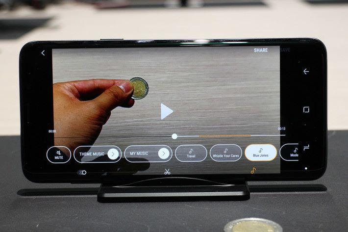 用戶更可為超慢動作影片作剪接及配上音樂。