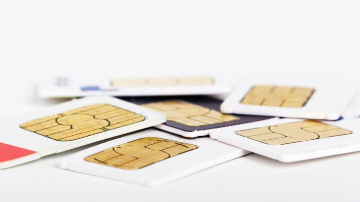 一買即用的電話卡,往往成為不法之徒的工具。