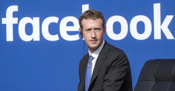 Facebook 發言人指朱克伯格正日以繼夜為劍橋分析公司事件救火