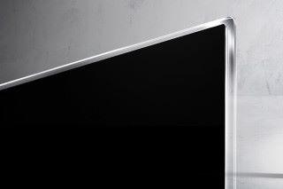 透過 Picture-on-Glass 設計,LG OLED TV E7 展現最美的簡約風格。