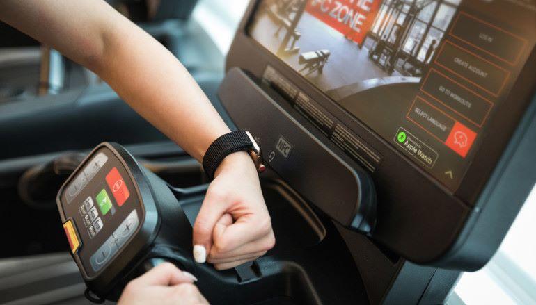 訓練成果一錶掌握 Pure Fitness 引進 Apple GymKit 健身器材