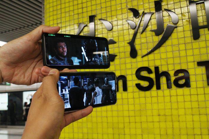 在尖沙咀站中高清YouTube預告片,也是不用幾秒就可整段完全 Load 好。