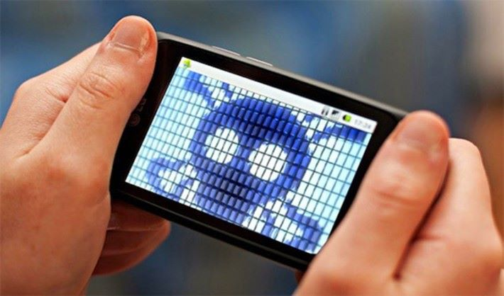 有內地品牌手機,在產品出廠時已被植入惡意程式。