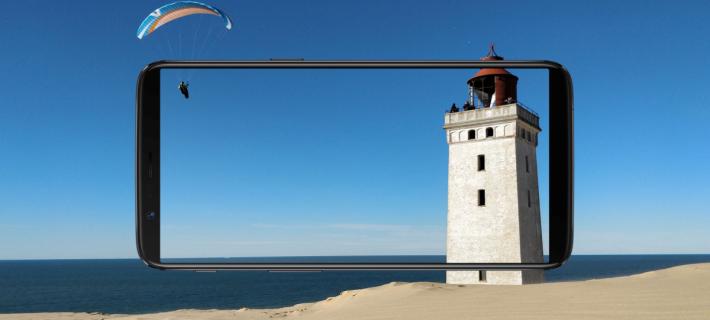 現在的手機都講求窄邊框和高屏佔比,再要縮窄邊框時,就要用瀏海入手。圖為 OnePlus 5T。