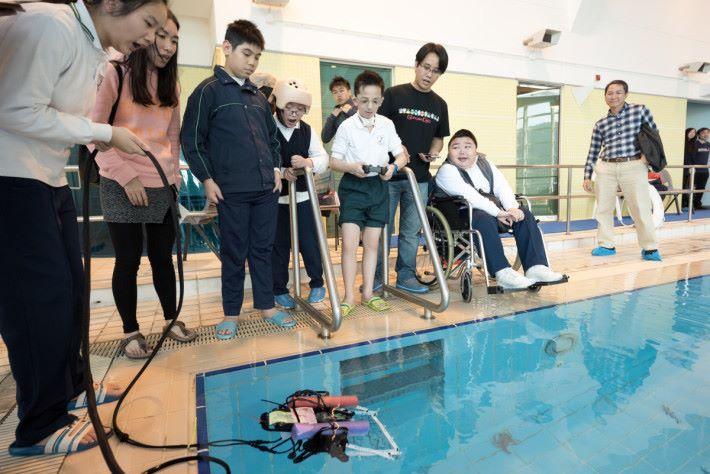 SEN 類別很多,當中包括肢障,他們也可參與水底機械人比賽。