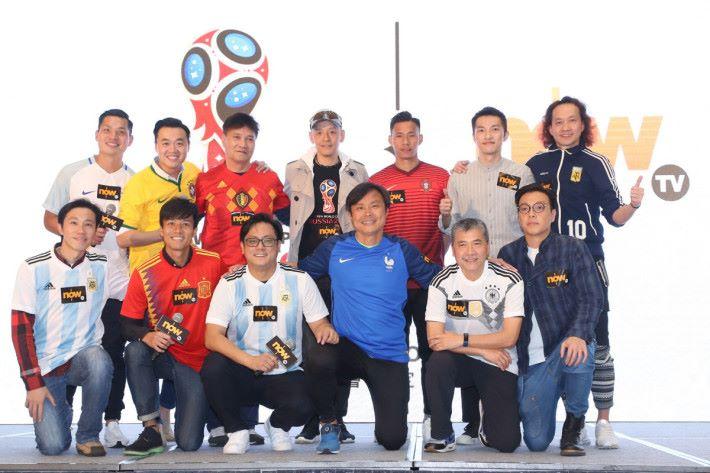 評述團隊由多位球迷熟悉的專業評述員組成,更特別邀請到馬啓仁(Keyman)、陳恩能(丹尼爾)及何輝等人加入。