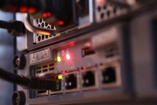 安全的網絡足以影響企業的營運及信譽,Juniper Networks 從全方位保護企業。