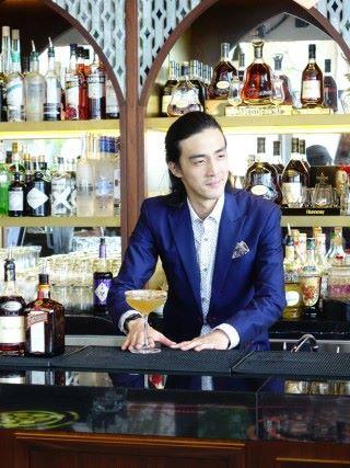 PONG ifc 酒吧經理 Jody 表示 PONG ifc 以干邑為主體配合不同的特色 Cocktail,為顧客帶來新的體驗。