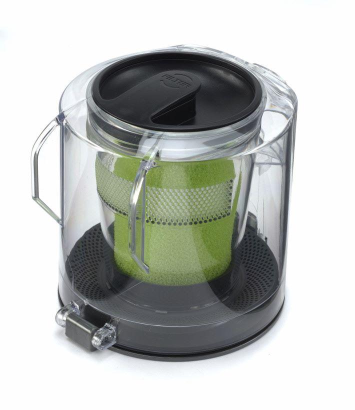 塵箱清理簡單方便。