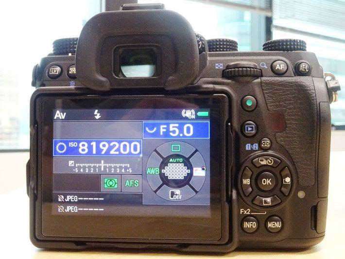 K-1II 最高感光度可達 ISO 819,200。