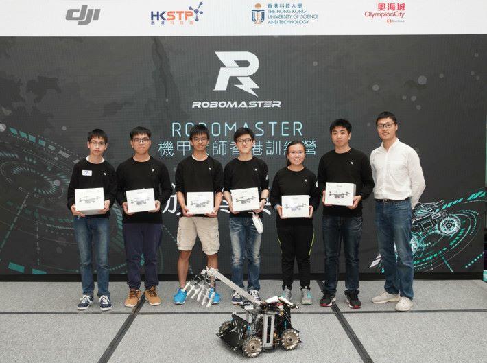 勝出隊伍分享比賽心得,表示是次比賽比預期獲得更多,特別是學習到軟件和硬件方面的配合,以及很多數學和科學原理,希望以後能有機會參加與機械人相關的比賽。