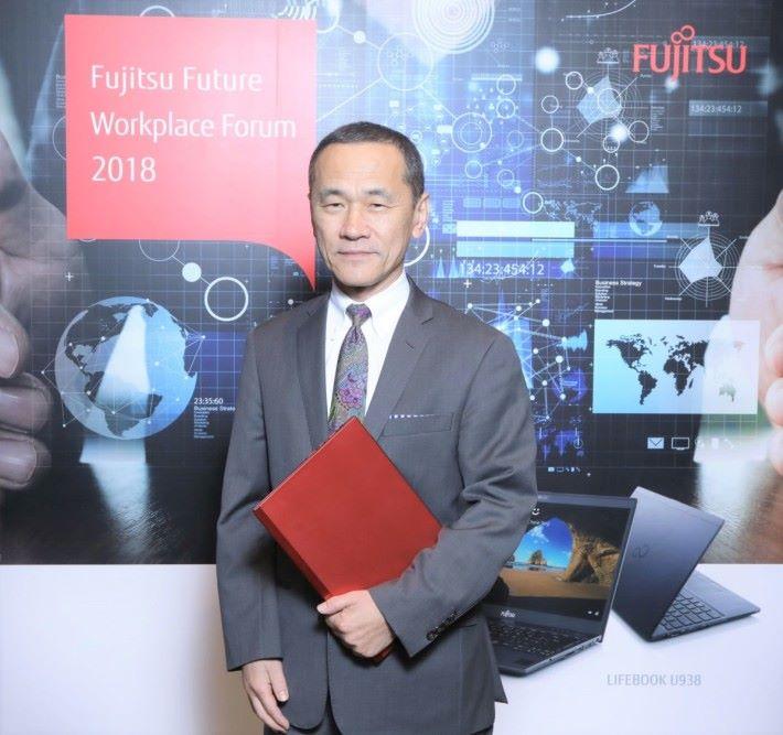 足利靖指出,富士通「Future Workplace」解決方案能在企業面對流動化及現代化過程中做足準備,有助吸引及留住年輕人才。