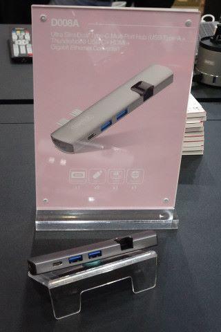 這一款 USB-C 的多埠集線器,可提供 2 個 USB Type-A + Thunderbolt 3 USB-C + HDMI + Gigabit LAN converter 。