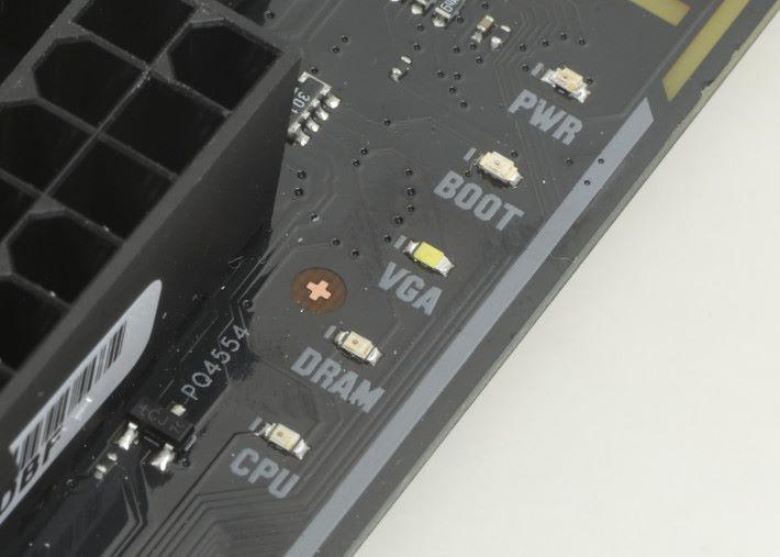 Debug LED 顯示。