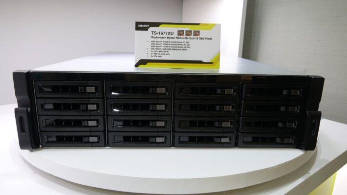 可選 Ryzen 3 1200、Ryzen 5 1600 或 Ryzen 7 1700 CPU。