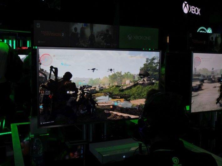 全新設計的特色武器,還有多個新的技能,讓戰鬥節奏與變化更大。