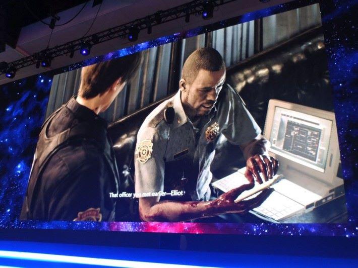 警局內 NPC 出現劇情與對白,全部都與原版有所不同,各位絕對會有驚喜。